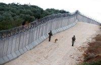 Турция за год построила 330-километровую стену вдоль границы с Сирией и Ираком