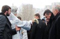 Янукович и Азаров сходили в Лавру