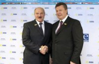 Лукашенко напомнил Януковичу, что они - союзники