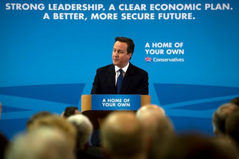 Кэмерон призвал ЕС к бескомпромиссной поддержке Украины