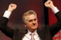 Президент Сербии пригрозил ввести войска в Косово