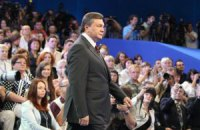 На Майдане возник спор за право задать вопрос Президенту