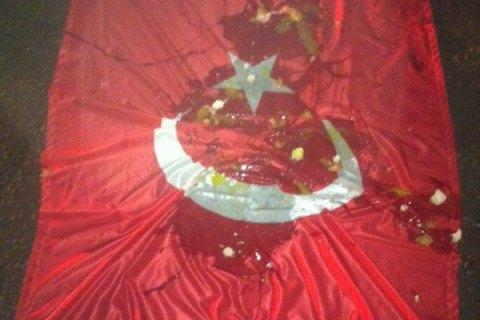 ВУльяновске флаг Турции назаводе Efes заменили нафлаг ВДВ