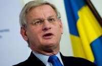 Янукович испортил отношения как с Россией, так и с ЕС, – глава МИДа Швеции