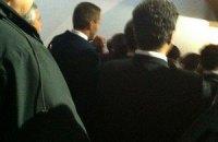 Охрана Януковича не пускала к нему сына