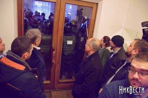 Националисты заблокировали вНиколаеве «сепаратистов» «Украинского выбора»