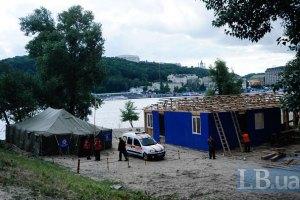 Шведи задоволені підготовкою фан-кемпінгу на Трухановому острові
