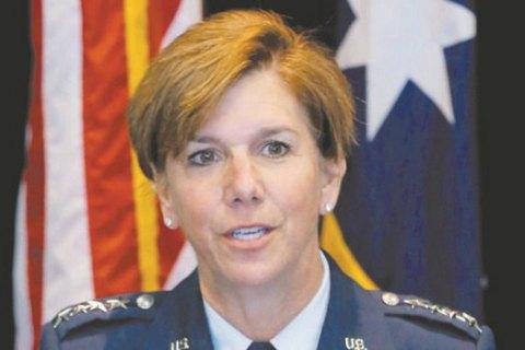 Командующим вооруженными силами США впервые стала женщина