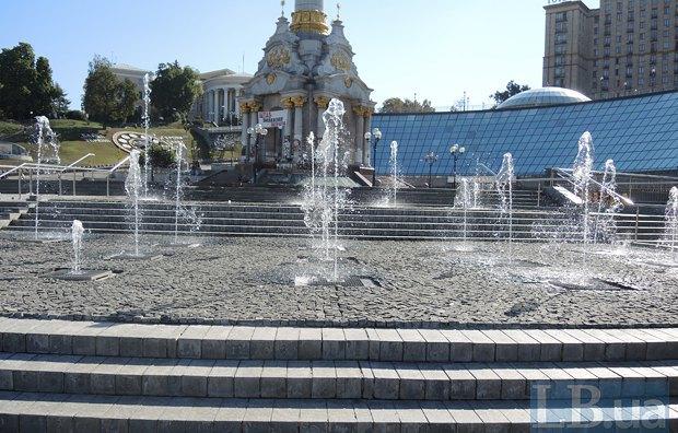 ВКиеве наМайдане Независимости завтра запустят отремонтированный Каскадный фонтан