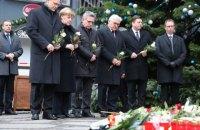 Меркель посетила место теракта в Берлине