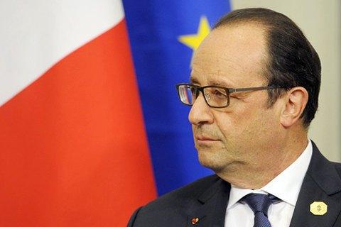 Олланд оДонбассе: Сначала выборы, потом— контроль над границей