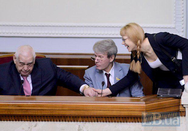 Ефим Звягильский очень расстроился, узнав о намерении закрыть Донецкий научно-исследовательский институт травматологии и ортопедии