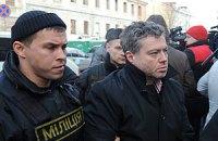 Корнийчуку как юристу-романтику стыдно просить политубежища