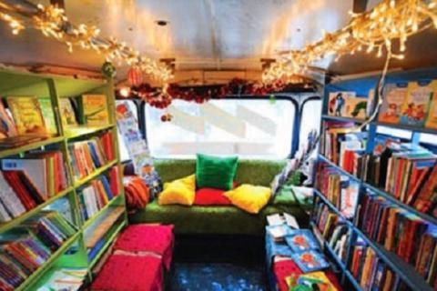 У Києві з вересня з'явиться автобус-бібліотека