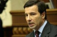 Коновалюк обиделся на Януковича за вето на биометрические паспорта