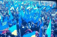 Азаров возмущен: ТВ не показывает митинги в поддержку власти