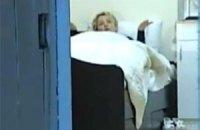 Тюремщики показали камеру, в которой сидит Тимошенко