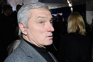 Брат Ющенко внес в декларацию миллионы жены