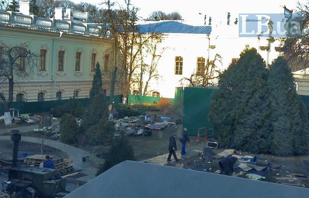 Внутренний двор Рады после вывода ВВ