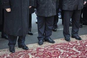 В Раде постелят белорусские ковры за 200 тысяч