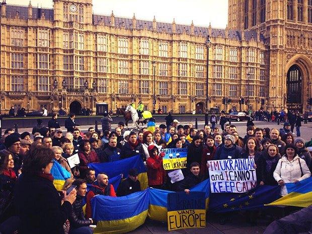 В Лондоне прошел Евромайдан - портал новостей LB.ua