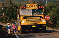 В США столкнулись два школьных автобуса: до 60 пострадавших