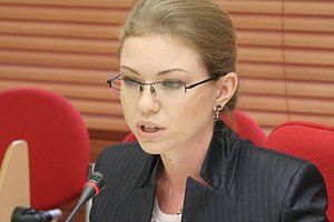 На кресло замминистра здравоохранения претендует адвокат, представлявшая в ЦИК Тигипко и Королевскую