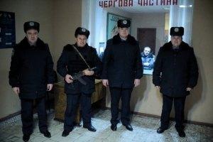 Украинским полицейским обещают