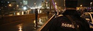 http://lb.ua/news/2015/02/28/297100_versii_sk_rf_nemtsov_ubit_oppozitsiey.html
