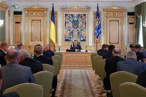 Янукович обещает улучшить бюджет вопреки мировому кризису