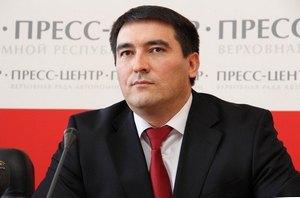Темиргалиева уволили с должности вице-премьера Крыма