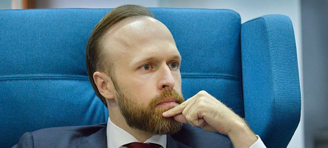 Алексей Филатов: «Мы принимаем законы не для того, чтобы освоить деньги европейцев»