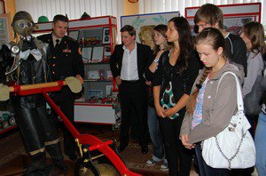 Київські школярі обрали пожежних своїми героями