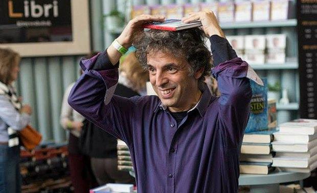 """Етгар Керет: """"Я – автор, який сидить поруч із читачем у потязі і жаліється на своє важке життя"""""""