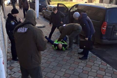 НАБУ взялось зарайонний суд на Рівненщині