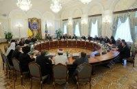 Янукович обещает рассмотреть ходатайство глав церквей о помиловании Тимошенко