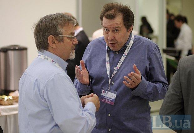 Сергей Дацюк(справа), философ, теоретик