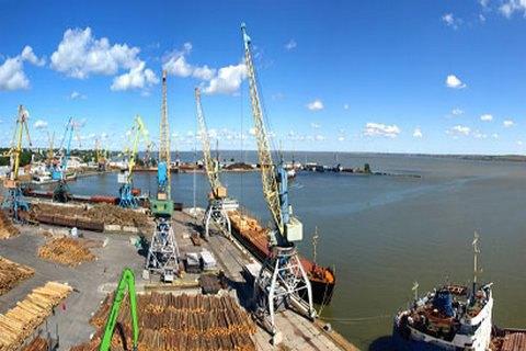 Белгород-Днестровский порт награни остановки