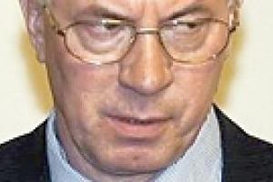 """Азаров ответил Турчинову """"грубым украинским словом"""""""