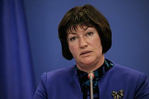 Акимова: на социальные инициативы Януковича уже есть 11 миллиардов