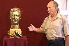 Януковича-Калигулу отлили из бронзы (ФОТО, ВИДЕО)