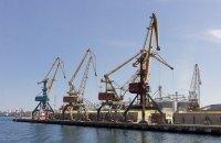 Ильичевский порт наращивает грузооборот за счет обработки кейпсайзов