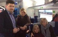 Цеголко и 9 нардепов отправились в Россию поддержать Савченко в суде