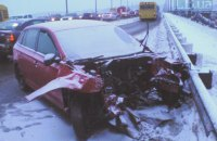 На мосту Патона в Киеве произошло жесткое лобовое столкновение