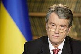 Ющенко проведет совещание против эпидемии и встретится с ВОЗ