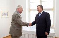 Янукович встретился с президентом Чехии