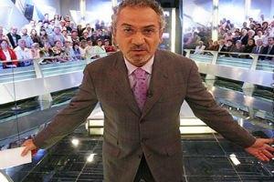 ТВ: большой футбол и парламентский кризис