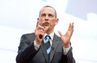 Оппозиция должна делать то, что не под силу правительству, - эксперт