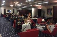 Десятки украинских туристов застряли в транзитной зоне аэропорта в ОАЭ