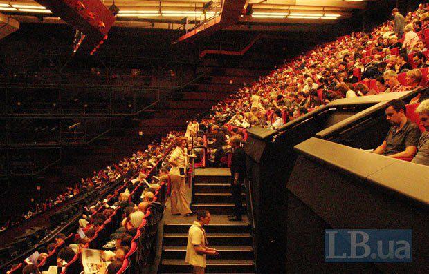 Балкон большого зала Люмьер. Там проходят все конкурсные вечерние премьеры фестиваля и утренние пресс-показы.